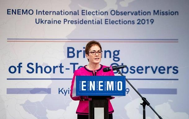 Посольство США виклало відео про роботу Йованович в Україні