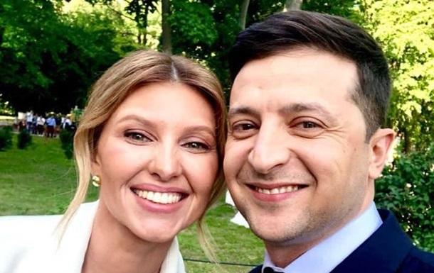 Перед инаугурацией Зеленский сделал селфи с женой