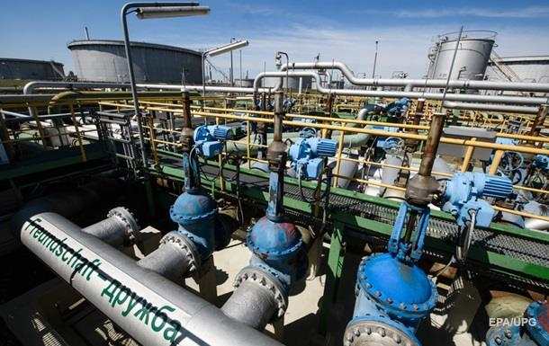 Транзит російської нафти через Україну призупинено