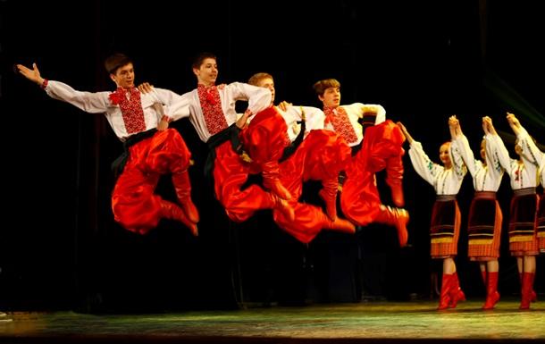 Харьковские актеры поставили рекорд по массовому исполнению гопака