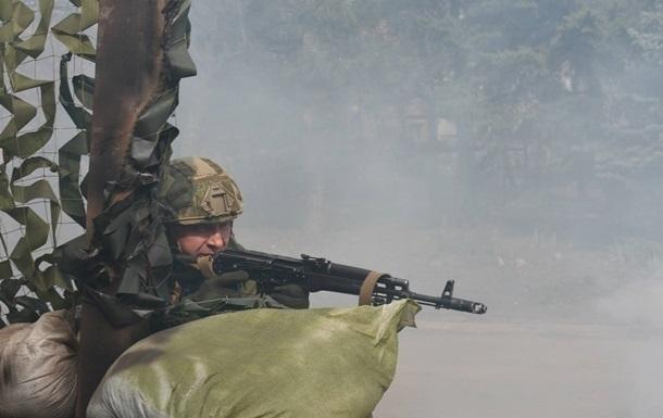 На Донбасі поранені три бійці ЗСУ