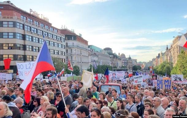 У Чехії відбулися антиурядові мітинги