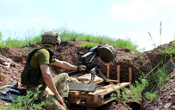 На Донбассе за сутки ранили трех военных