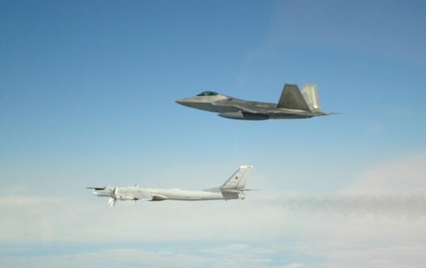 ВВС США перехватили шесть российских военных самолетов возле Аляски