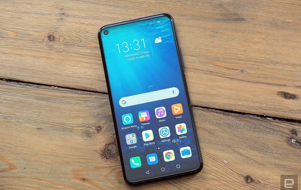 Huawei представила бюджетный флагман Honor 20