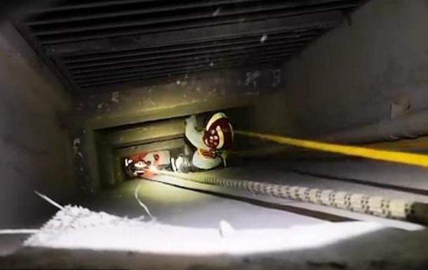 Мальчик провалился в шахту с 23 этажа и отделался синяками