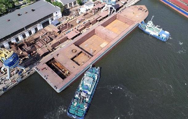 В Украине спустили на воду самое большое судно за 25 лет