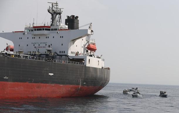 США обвинили Иран в атаке на танкеры у берегов ОАЭ