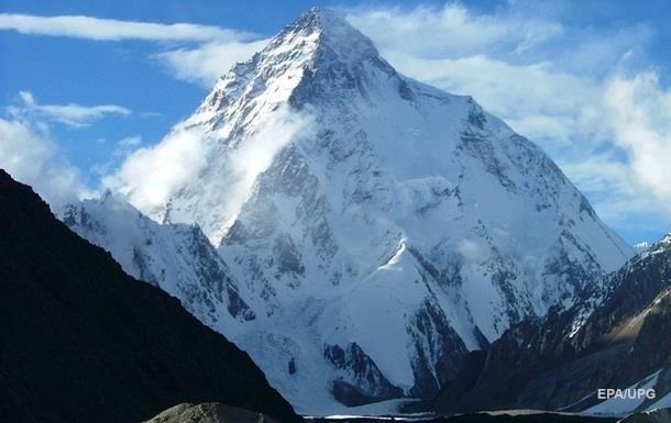 Кількість загиблих альпіністів на Евересті зросла