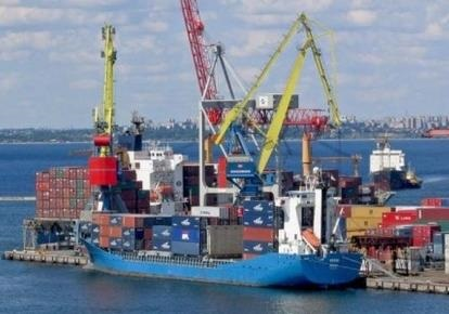 Портовая отрасль Украины продолжает стагнировать