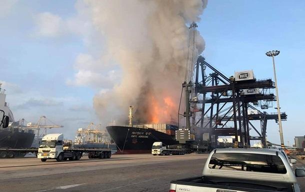У порту Таїланду стався вибух: півсотні постраждалих