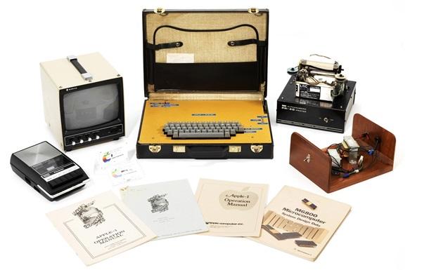 Перший комп ютер Apple I продали за $471 тисячу