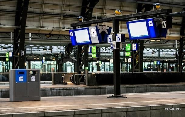 В Нидерландах забастовка вызвала транспортный коллапс