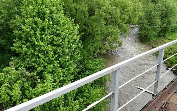 Тіло дитини з Румунії знайшли в річці на Закарпатті