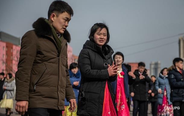 Жителі КНДР платять хабарі, аби вижити - доповідь ООН
