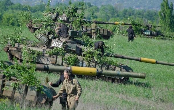 Сутки в ООС: 11 обстрелов, ранен один военный