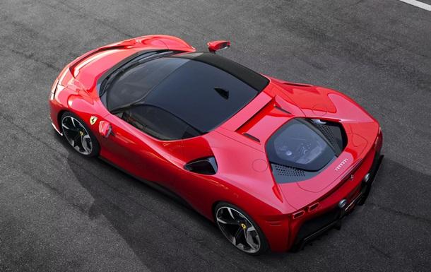 Ferrari показала суперкар с четырьмя двигателями