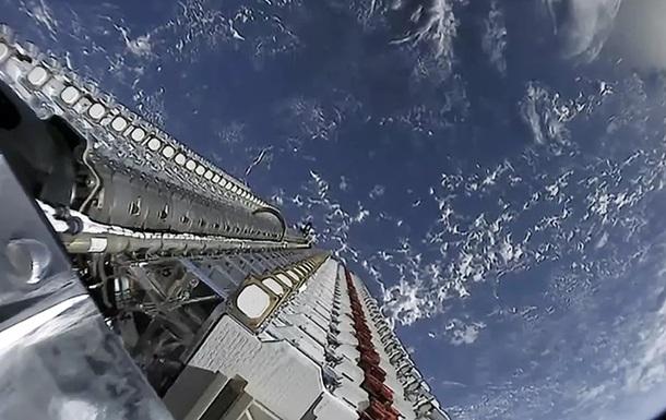 Астрономи б ють на сполох через парад супутників Ілона Маска