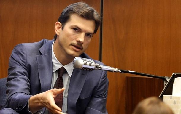 Эштон Кутчер дал показания по делу об убийстве экс-подруги