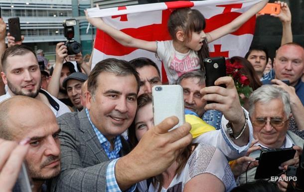 Саакашвілі заявив, що повернувся в Україну допомагати Зеленському