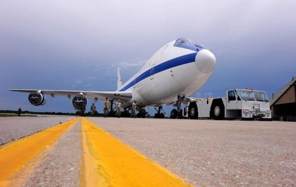 В США показали интерьер самолета Судного дня