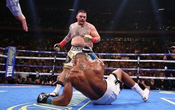 Руис сенсационно нокаутировал Джошуа, забрав чемпионские пояса