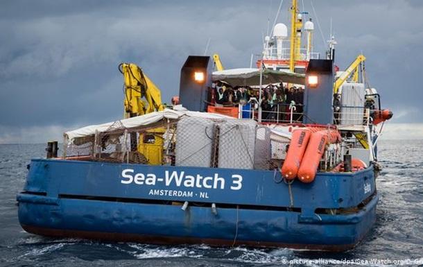 В Італії розблокували німецьке рятувальне судно Sea-Watch 3
