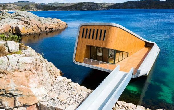 У Норвегії відкрили перший у Європі підводний ресторан