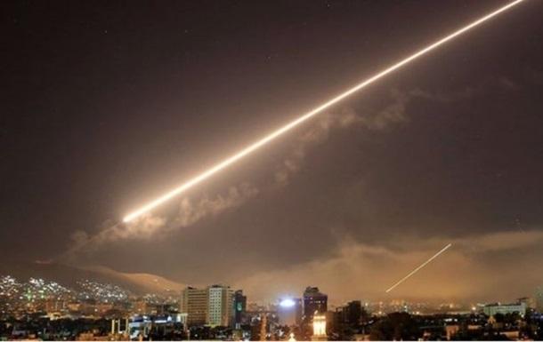 Військовий аеродром у Сирії обстріляли з ракет
