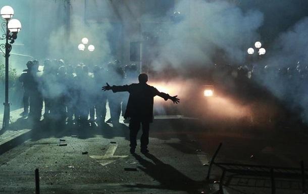 Протести в Албанії: внаслідок сутичок постраждали 13 осіб