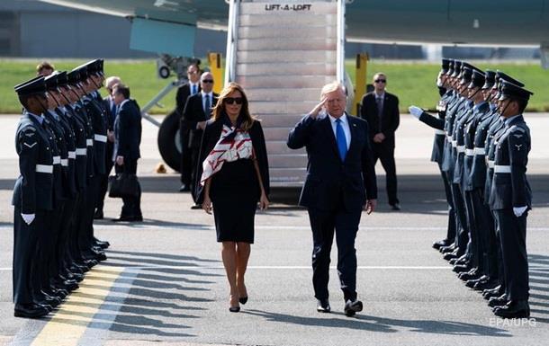 Трамп прибыл с визитом в Великобританию