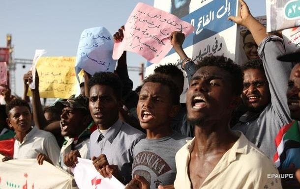 Під час розгону страйку в Судані загинули 14 осіб - ЗМІ