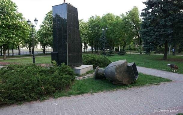 Памятник Жукову подпадает под декоммунизацию