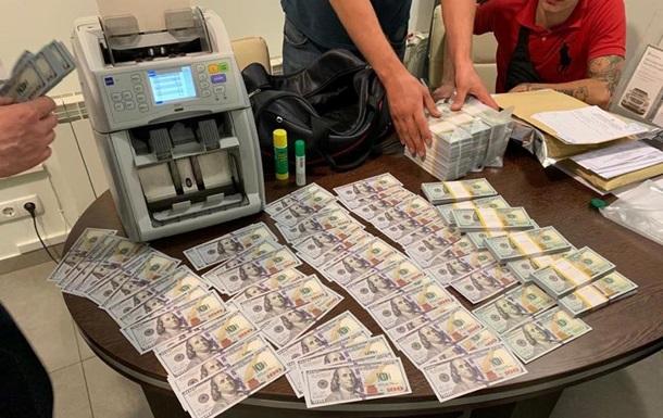 Чиновники Госгеонедр задержаны на вымогательстве $400 тысяч