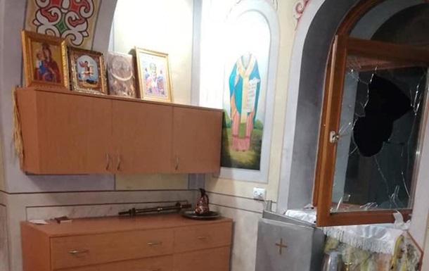 На Закарпатті двічі за ніч обікрали один і той же храм