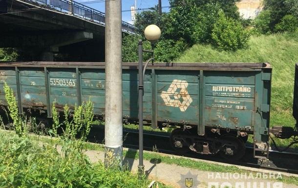 Чоловіка розчавило вантажним поїздом у Львові