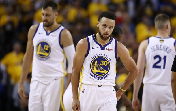 НБА: 47 очок Каррі не врятували Голден Стейт від поразки в матчі з Торонто