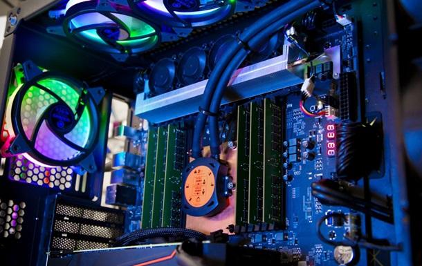 Intel показала 28-ядерний процесор для Mac Pro