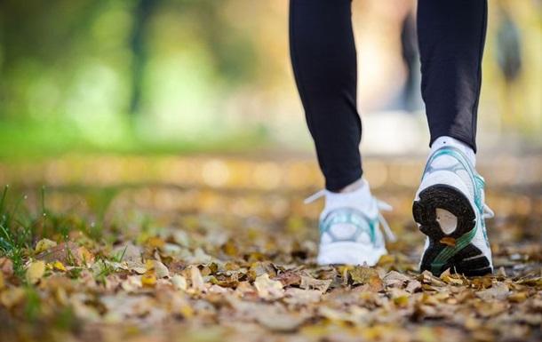 Вчені назвали нову норму щоденних піших прогулянок