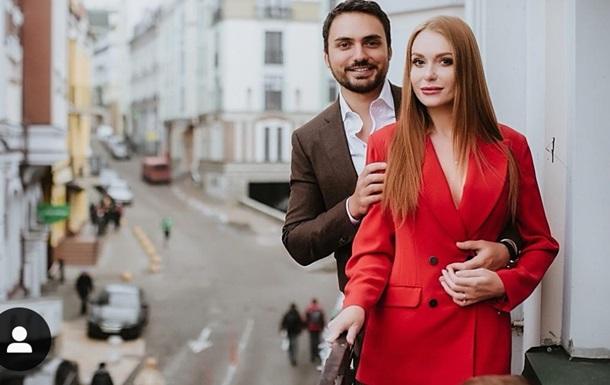 Солістка групи НеАнгели розлучається з чоловіком