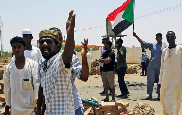 Африканський Союз призупинив членство Судану в організації