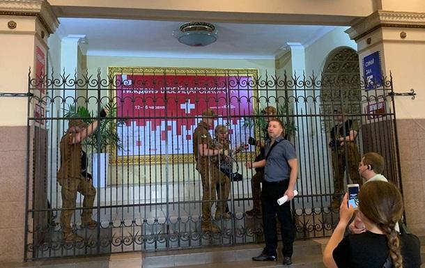 Кінотеатр Київ заявив про спробу рейдерського захоплення