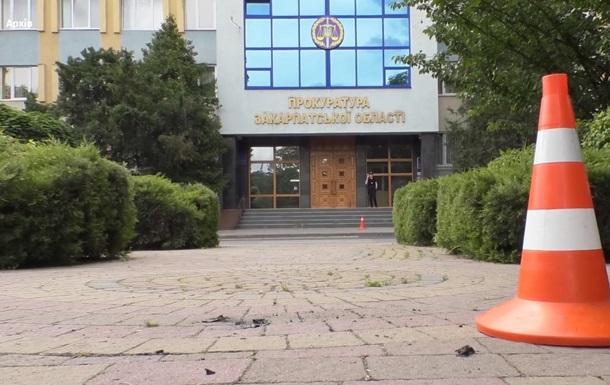 В Ужгороде умер мужчина, совершивший самоподжог возле прокуратуры