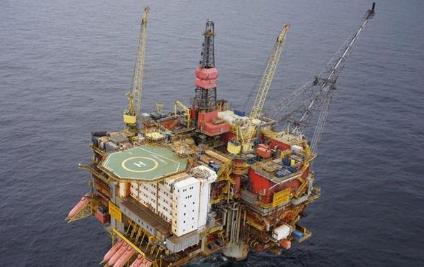 Вантажне судно зіткнулося з нафтовою платформою в Норвегії