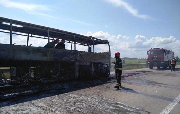 У Житомирській області згорів пасажирський автобус