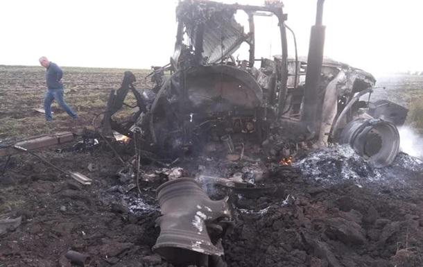 У Луганській області підірвалися два трактористи