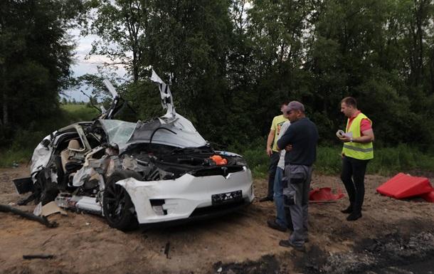 В Україні сталася перша смертельна ДТП з Tesla