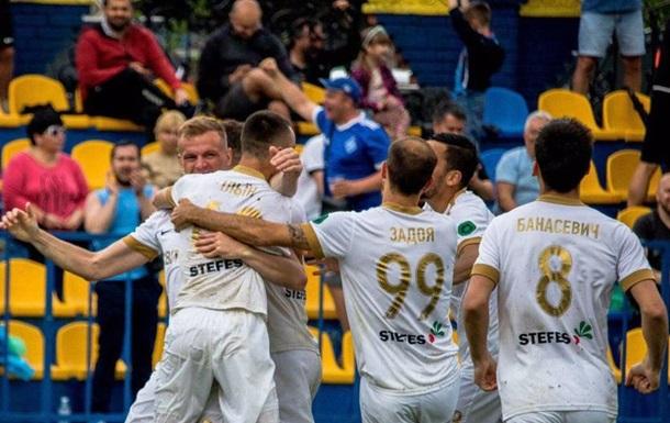Колос обыграл Черноморец и пробился в Премьер-лигу