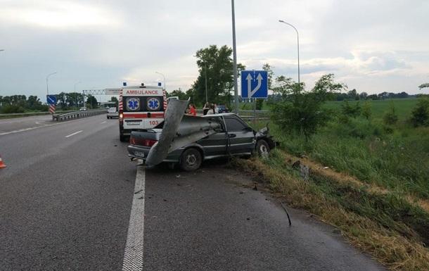 Смертельное ДТП под Киевом: погибли мать и дочь
