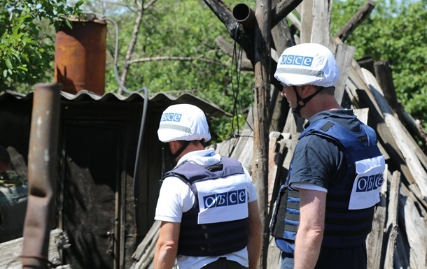 Патруль місії ОБСЄ потрапив під обстріл на Донбасі